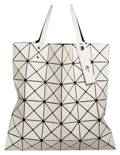 Preload https://img-static.tradesy.com/item/25952174/issey-miyake-women-s-lucent-frost-motty-grey-tote-0-3-540-540.jpg