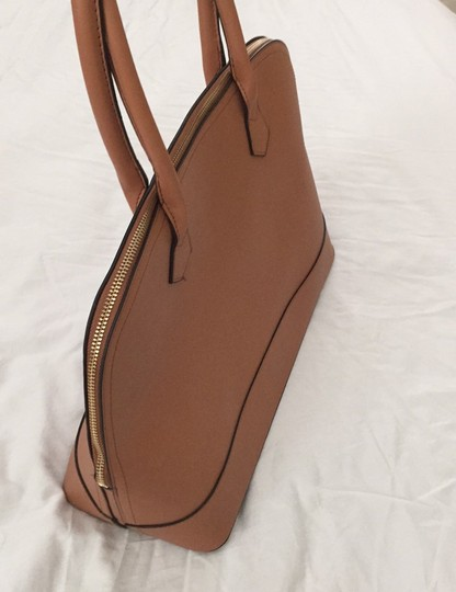 Not branded Simple Basic Clean Classic Professional Satchel in Tan Image 1