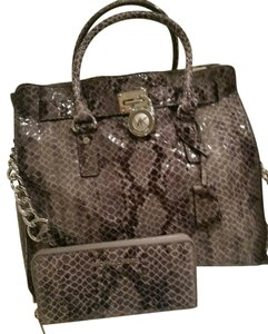 Michael Kors Large Hamilton Snakeskin Leather Snake Embossed Grey Gray Tote in DARK SLATE & MATCHING WALLET