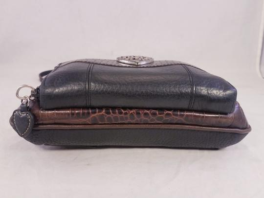 Brighton Fanny Clutch Wallet Oarganizer Shoulder Bag Image 4