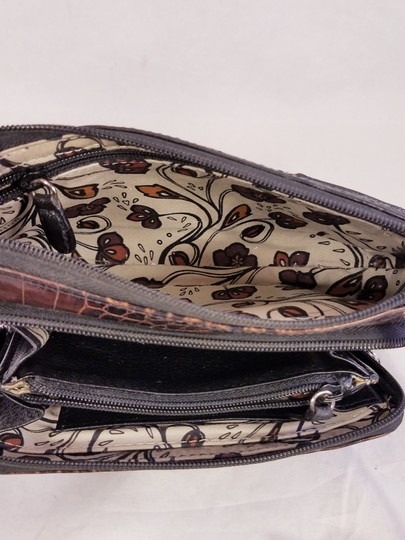 Brighton Fanny Clutch Wallet Oarganizer Shoulder Bag Image 6