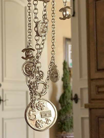 Chanel Limited Edition 100 Anniversary Coin Charm Image 4