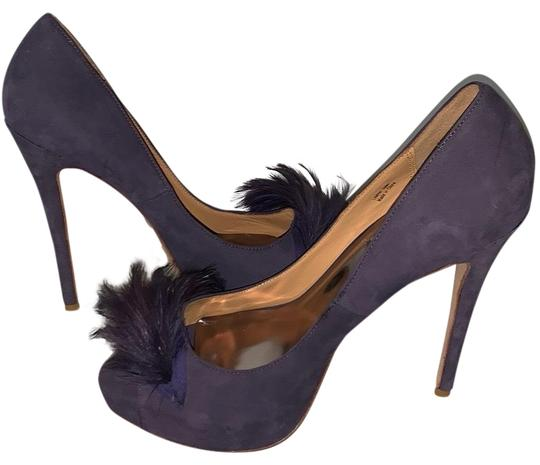 Preload https://img-static.tradesy.com/item/25952563/badgley-mischka-lilac-suede-with-feather-pumps-size-us-8-regular-m-b-0-3-540-540.jpg