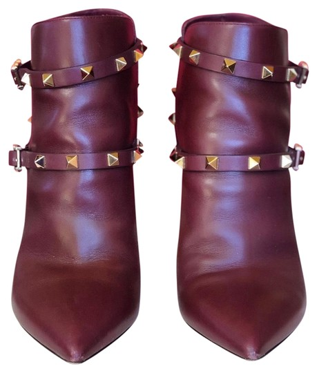 Preload https://img-static.tradesy.com/item/25952706/valentino-wine-rockstud-harness-pointed-toes-bootsbooties-size-eu-38-approx-us-8-regular-m-b-0-1-540-540.jpg