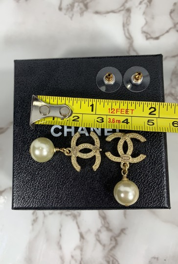 Chanel chanel cc logo crystals and pearls studded Image 6