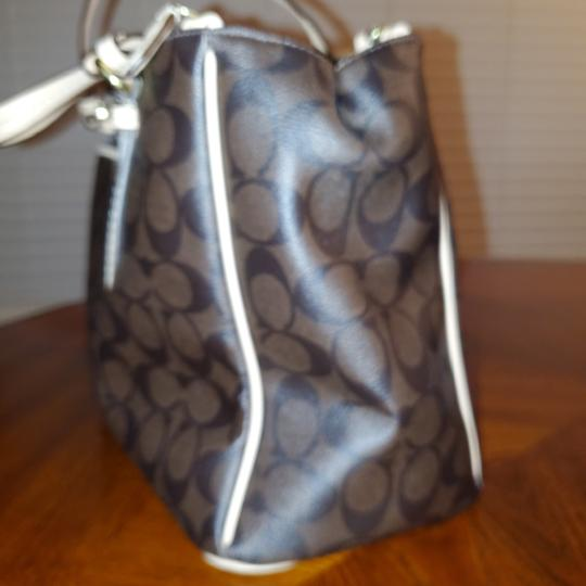 Coach Tote in Dark Brown and Tan Leather Image 3