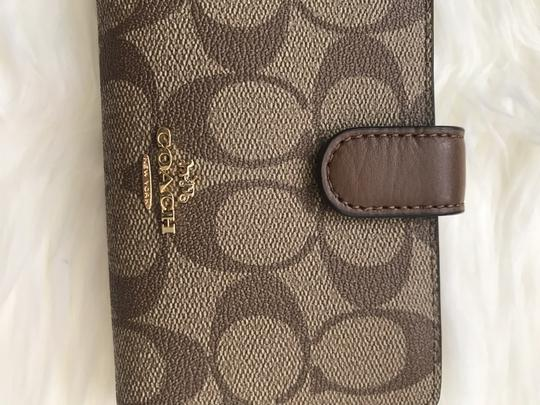 coach NWT Medium Corner Zip Wallet In Signature F23553 Image 3