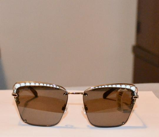 Chanel SQUARE PEARL GOLD LOGO SUNGLASSES SUNNIES Image 4