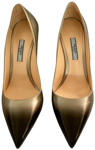 Prada Patent Leather Pointed Toe silver to black Pumps