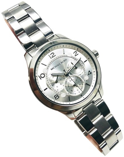 Preload https://img-static.tradesy.com/item/25953426/michael-kors-silver-tone-new-women-s-runway-chronograph-stainless-steel-mk6587-watch-0-1-540-540.jpg
