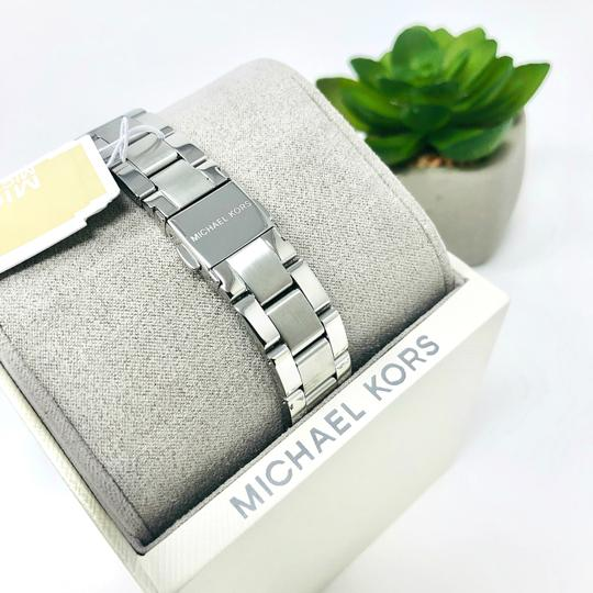 Michael Kors NEW Women's Runway Chronograph Stainless Steel Watch MK6587 Image 10