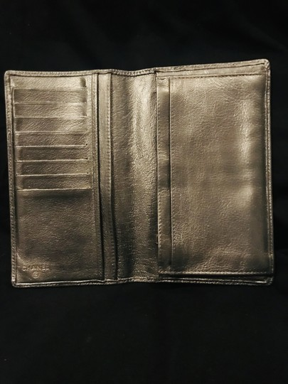 Chanel Pewter Clutch Image 10