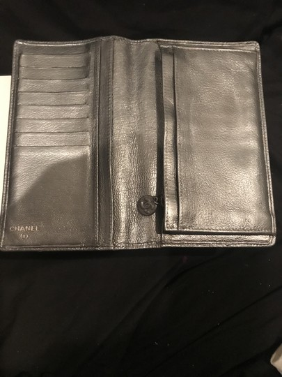 Chanel Pewter Clutch Image 11