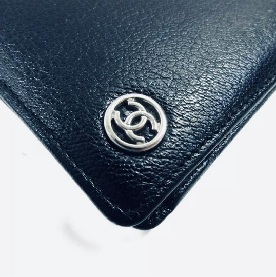 Chanel Pewter Clutch Image 3