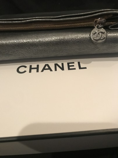 Chanel Pewter Clutch Image 5