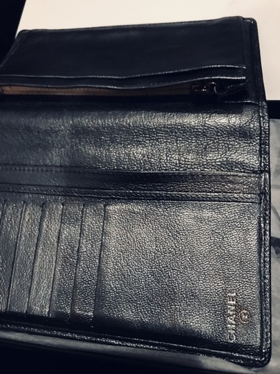 Chanel Pewter Clutch Image 7