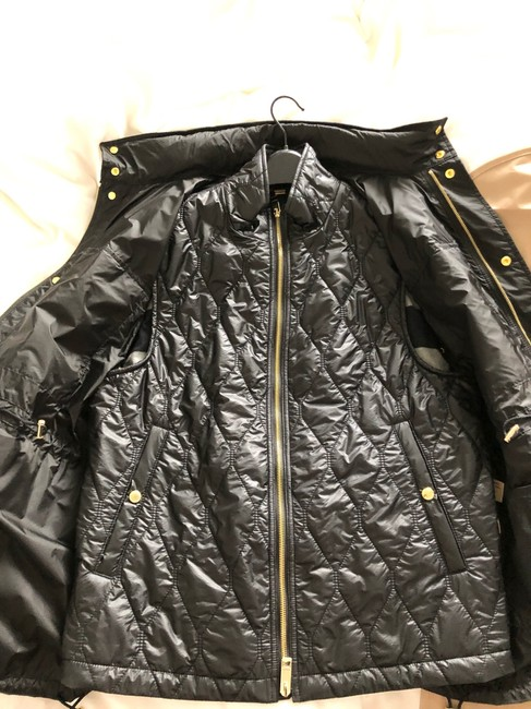 Burberry black and gold Jacket Image 3