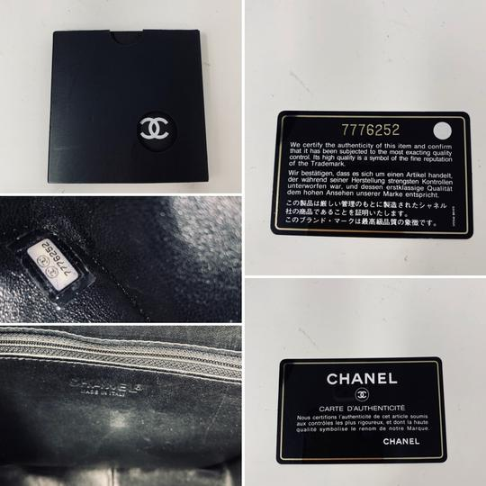 Chanel Tote Image 7