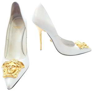 Versace Pointed Toe Leather Gold Stiletto White Pumps
