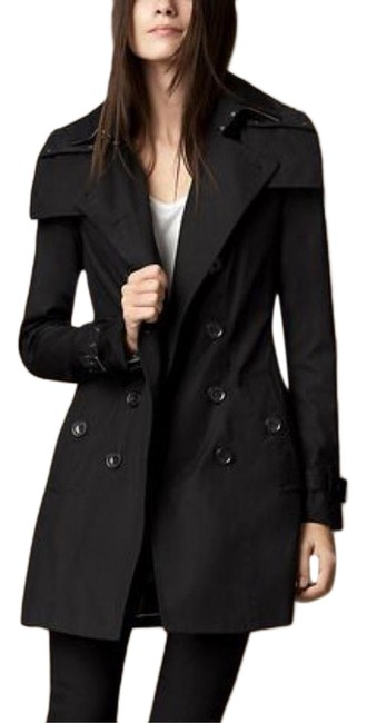 Preload https://img-static.tradesy.com/item/25954912/burberry-black-reymoore-detachable-hood-removable-warmer-liner-coat-size-10-m-0-1-650-650.jpg