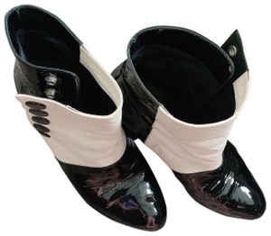 Chanel White/ black Boots