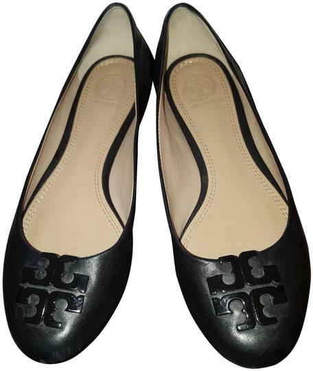 Preload https://img-static.tradesy.com/item/25955405/tory-burch-black-ballet-leather-with-tb-logo-flats-size-us-7-regular-m-b-0-1-540-540.jpg