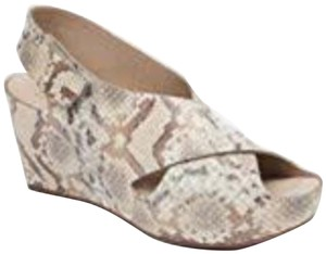 Johnston & Murphy taupe Wedges