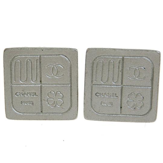 Preload https://img-static.tradesy.com/item/25956069/chanel-gray-cc-clip-on-silver-plated-99a-france-earrings-0-0-540-540.jpg