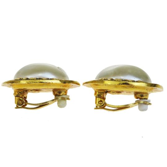 Chanel Auth CHANEL Logo Earrings Imitation Pearl Gold-tone Clip-On 28 Accesso Image 2