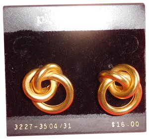 "pierre cardin Vintage Pierre Cardin 3/4"" wide Pierced Earring Knot Shape New"