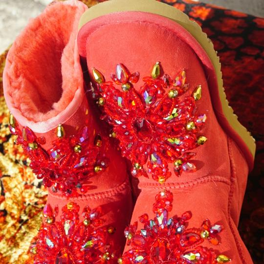 100% UGG AUSTRALIA BOOTS AUTHORS WORK SWAROVSKI CRYSTALS SIZE 9 EURO 40 Red Boots Image 10