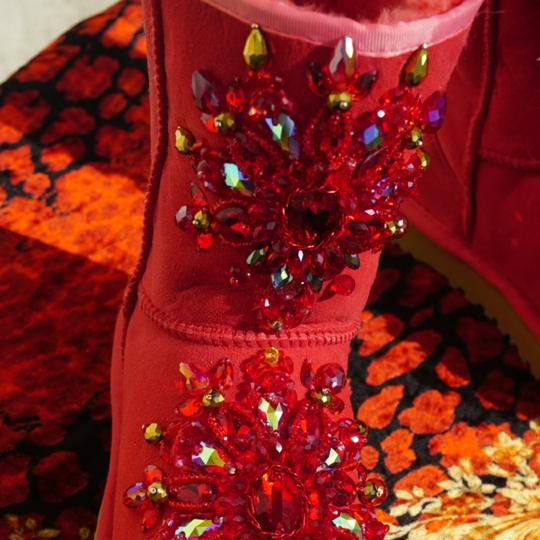 100% UGG AUSTRALIA BOOTS AUTHORS WORK SWAROVSKI CRYSTALS SIZE 9 EURO 40 Red Boots Image 8