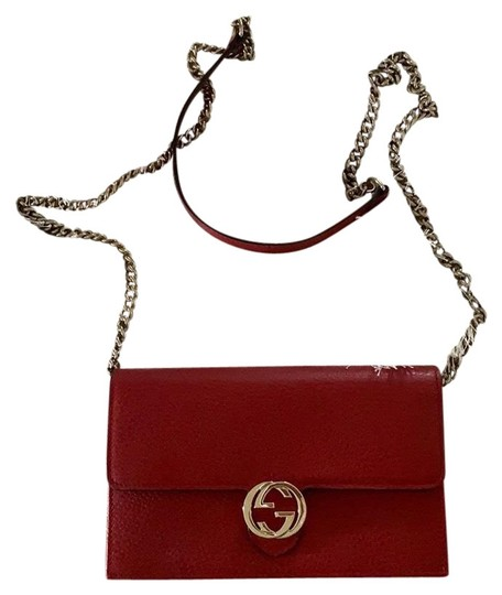 Preload https://img-static.tradesy.com/item/25956186/gucci-chain-marmont-mini-red-leather-cross-body-bag-0-2-540-540.jpg