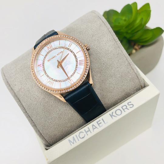 Michael Kors NEW Women's Lauryn Three-Hand Blue Leather Watch MK2757 Image 4