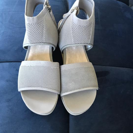 Eileen Fisher moon grey gray Sandals Image 4