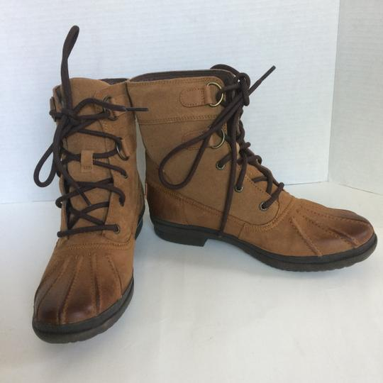 UGG Australia New With Tags New In Box TAN Boots Image 7