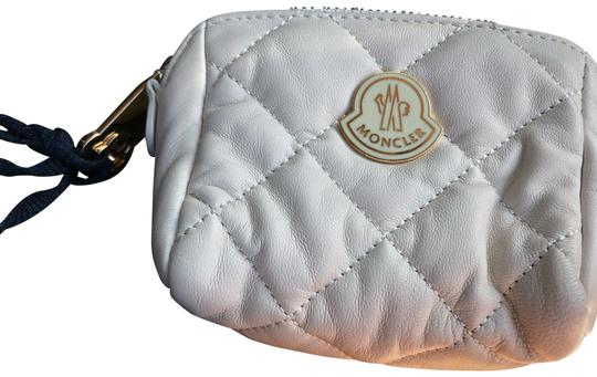Preload https://img-static.tradesy.com/item/25956423/moncler-off-white-coin-purse-new-cosmetic-bag-0-1-540-540.jpg