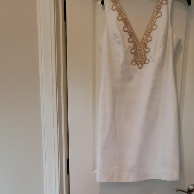 Preload https://item5.tradesy.com/images/lilly-pulitzer-resort-white-bentley-shift-mid-length-cocktail-dress-size-12-l-25956504-0-0.jpg?width=400&height=650