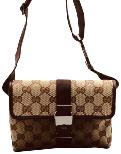 Preload https://img-static.tradesy.com/item/25956557/gucci-bum-fanny-pack-waist-shoulder-in-gg-brown-canvas-messenger-bag-0-1-540-540.jpg