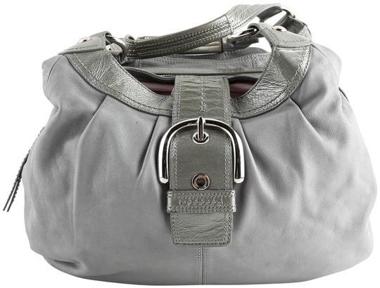 Preload https://img-static.tradesy.com/item/25956577/coach-soho-lynn-grey-leather-hobo-bag-0-1-540-540.jpg