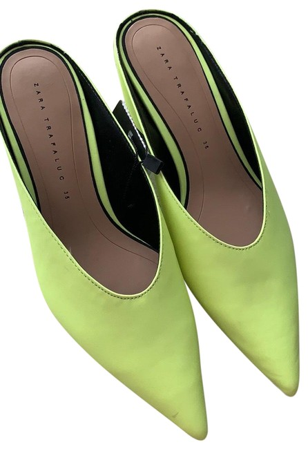 Item - Lime Green Leather Slip On Mules/Slides Size EU 35 (Approx. US 5) Regular (M, B)