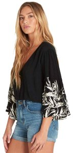 Billabong Flare Print Sleeves Breezy Tropical V Neck Tropical 3/4 Flare Sleeve Cool Comfy Top Black White