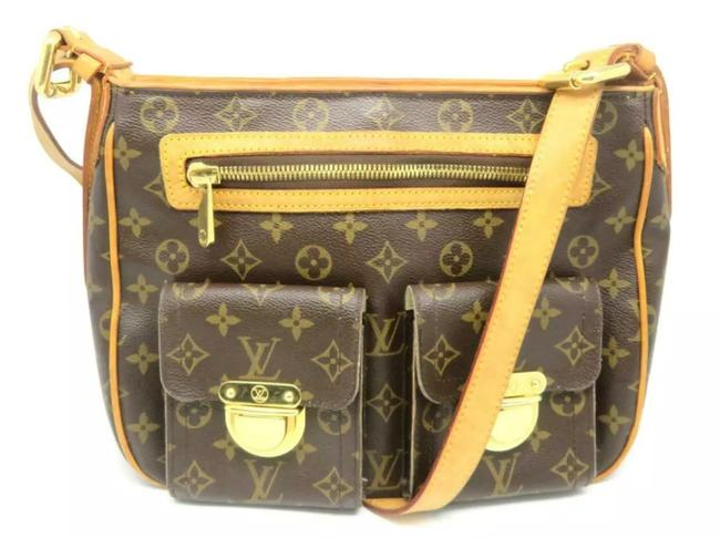 Louis Vuitton Hudson Gm Monogram Canvas Cross Body Bag Louis Vuitton Hudson Gm Monogram Canvas Cross Body Bag Image 1