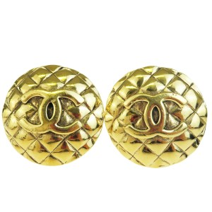 Chanel Gold Cc Button Clip-on Gold-tone France Earrings