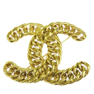 Chanel Gold Cc Logo Chain Gold-tone France Brooch/Pin