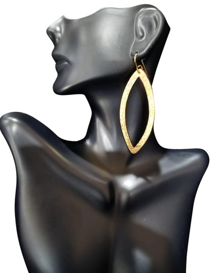 Preload https://img-static.tradesy.com/item/25957534/gold-paris-single-eye-earrings-0-1-540-540.jpg