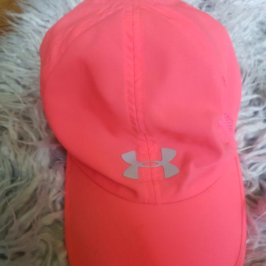 Preload https://item4.tradesy.com/images/under-armour-pink-ua-shadow-20-running-cap-hat-25957558-0-0.jpg?width=440&height=440