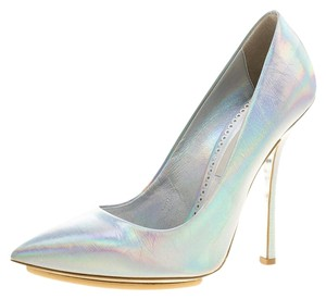 Stella McCartney Silver Faux Leather Pointed Toe Metallic Pumps