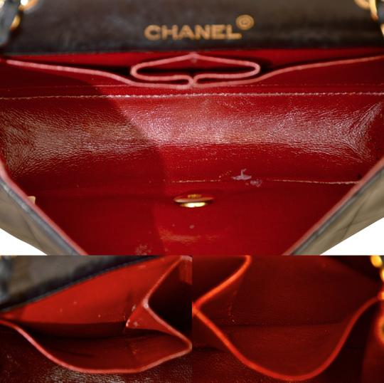 Chanel Quilted Lambskin Single Shoulder Bag Image 10