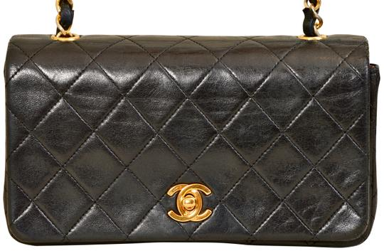 Chanel Quilted Lambskin Single Shoulder Bag Image 2